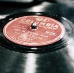vinyl-record-1374557